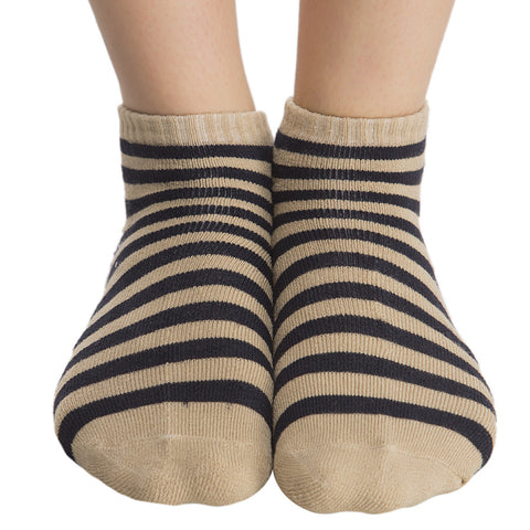 Short Ankle Socks In Beige, , Socks Clovia Thailand