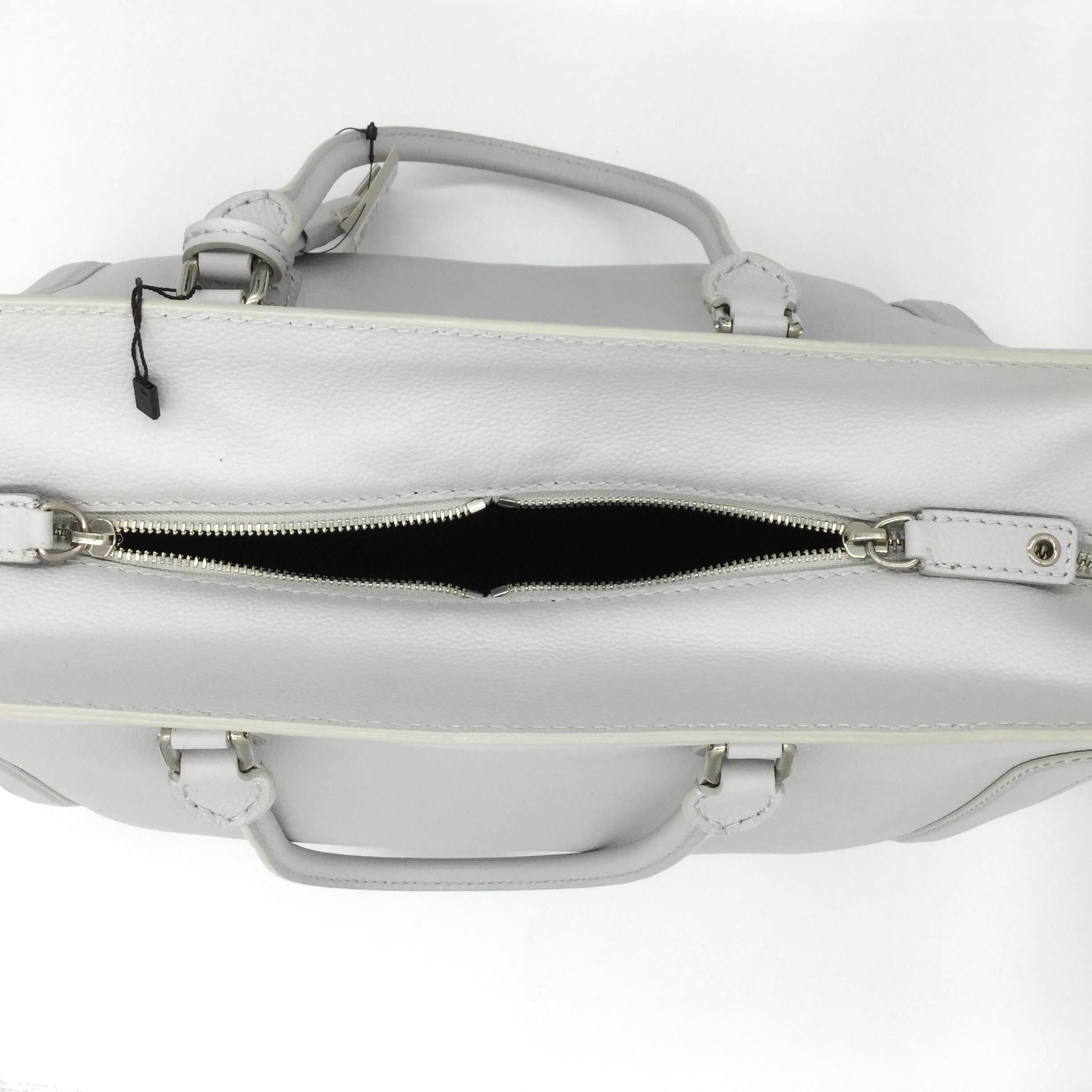 Alexander McQueen Tote with Skull Detail Light Grey Leather Satchel