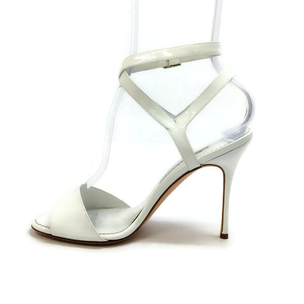 Llonicabi 105 White Patent Sandals by Manolo Blahnik inside