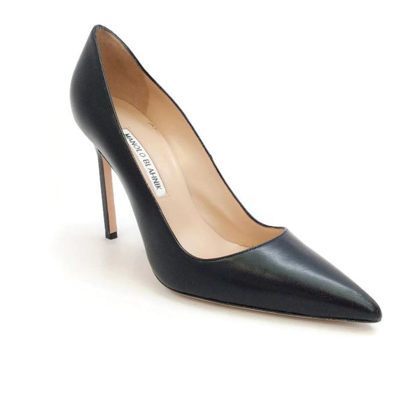 BB 105 Black Pumps by Manolo Blahnik