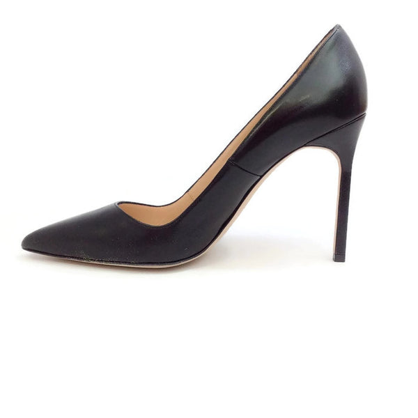 BB 105 Black Pumps by Manolo Blahnik inside