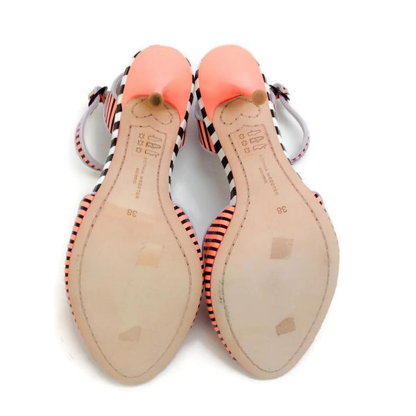 Lula Coral / Black Sandals by Sophia Webster soles