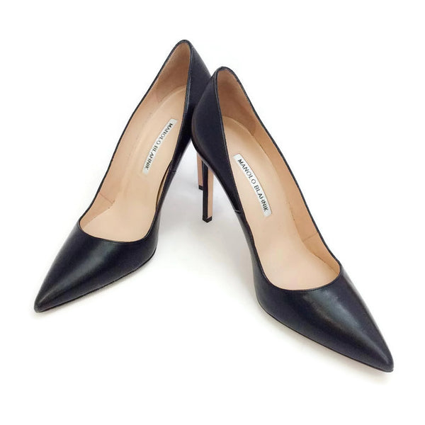 BB 105 Black Pumps by Manolo Blahnik pair