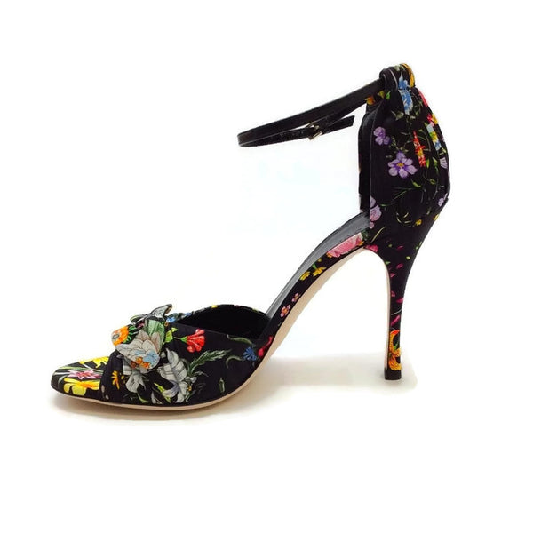 Silk Classic Floral Sandal by Gucci inside