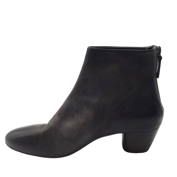 Marsèll Black Distressed Leather Ankle Boots/Booties