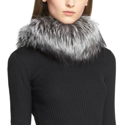 St. John Silver Fox Fur and Knit Collar