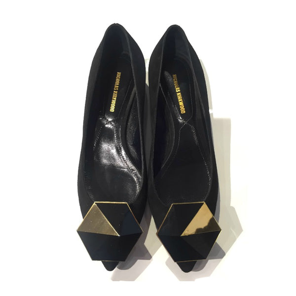 Nicholas Kirkwood Black With Gold Detail Flats