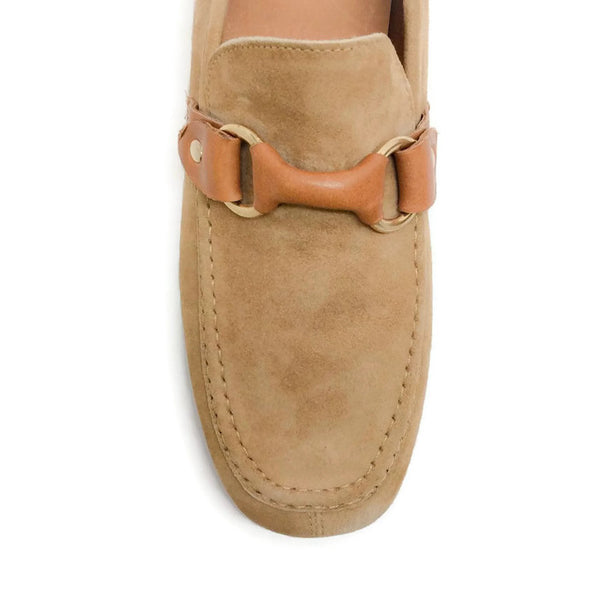 Farlow Suede Camel Loafers by Isabel Marant toe