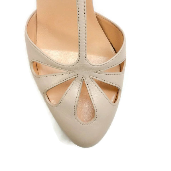 Amyada Nude Platforms by Christian Louboutin toe