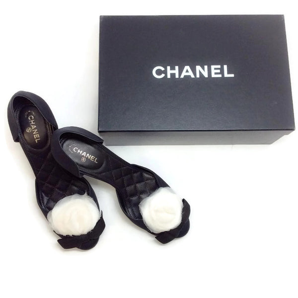 D'orsay Pump with White Camellia by Chanel with box