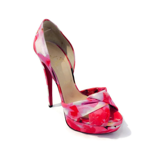 Volpi 150 Popi Pumps by Christain Louboutin