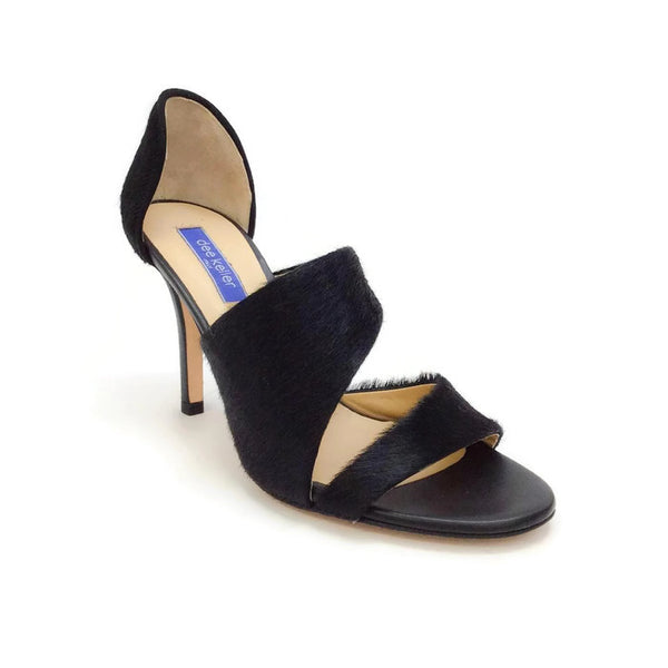 Margarite Black Pumps by Dee Keller