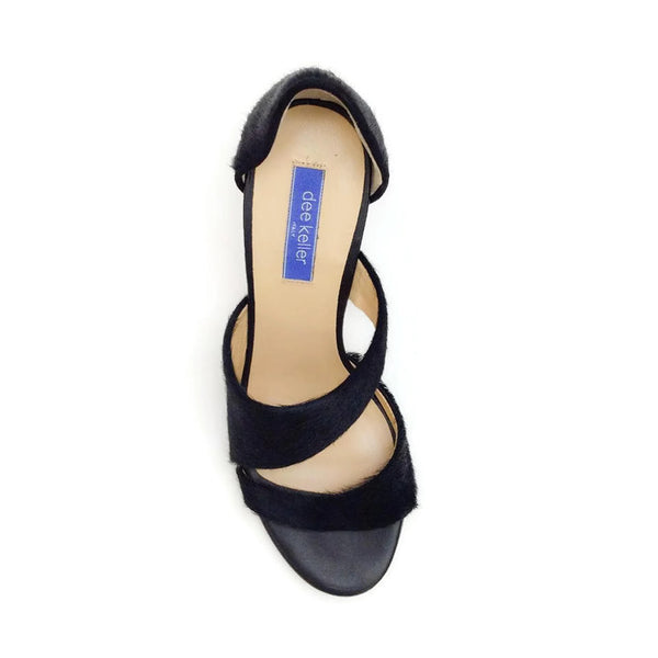 Margarite Black Pumps by Dee Keller top
