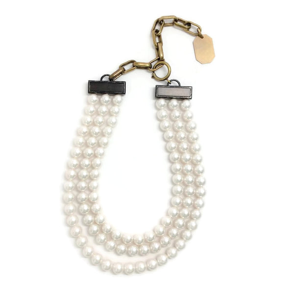 Collier Court Short Necklace by Lanvin