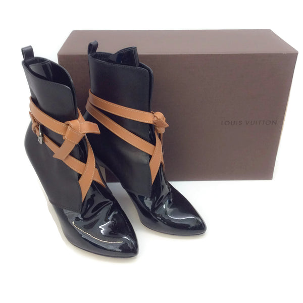 Louis Vuitton Black / Camel Belted Boots