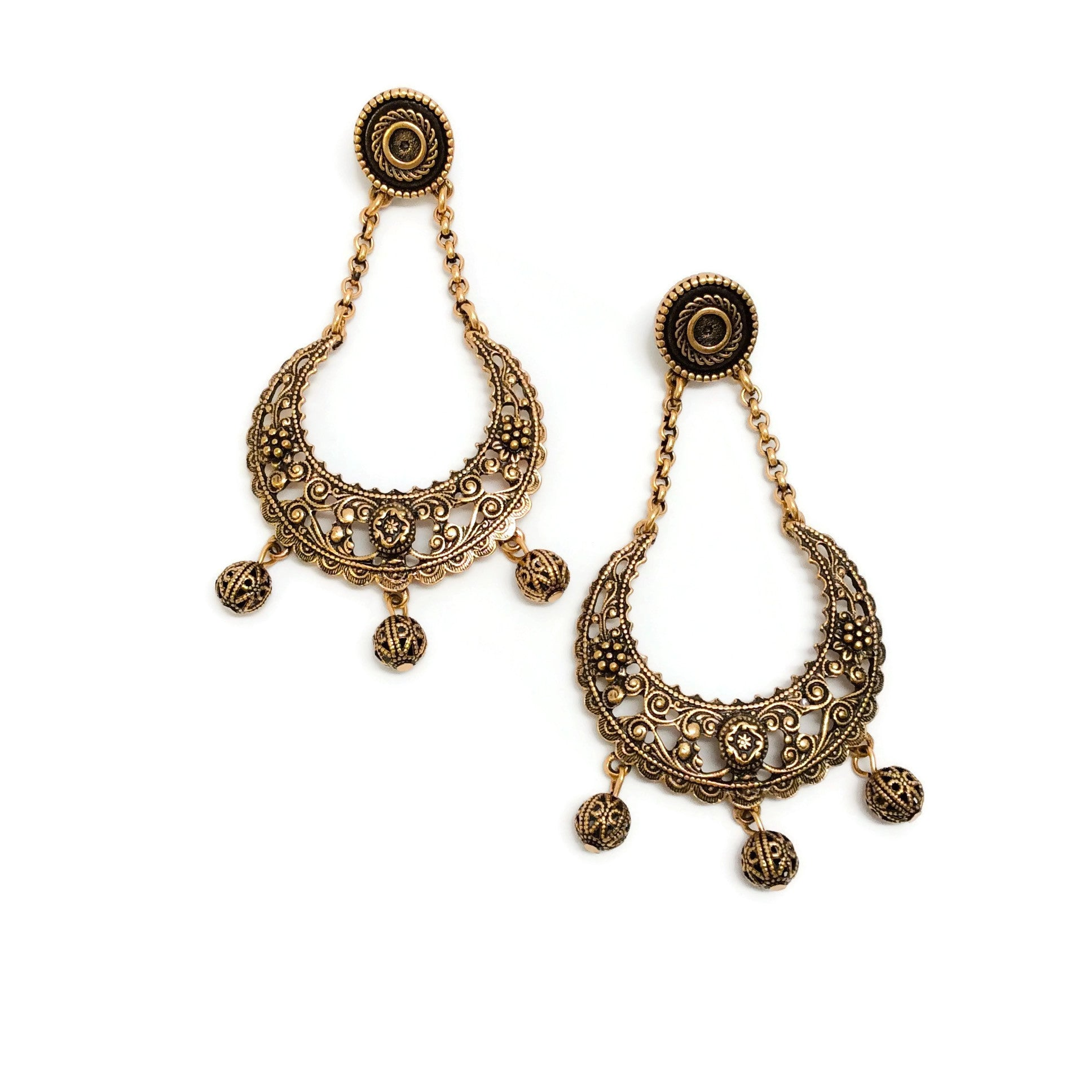 Oscar de la Renta Gold Filigree Dangle Earrings
