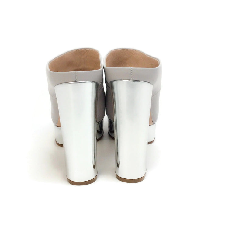 Casadei Light Grey / Silver Metallic Mules