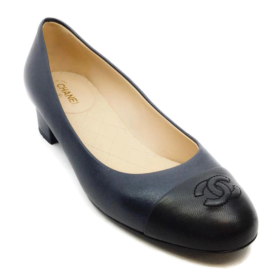Chanel Midnight/Black Leather Embroidered Logo Pumps