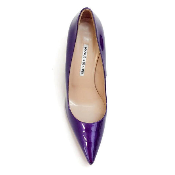 BB 90 Purple Patent Pumps by Manolo Blahnik top