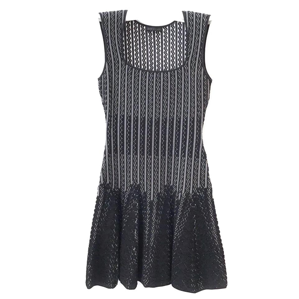 RVN Black/White Zig Zag Knit Cocktail Dress