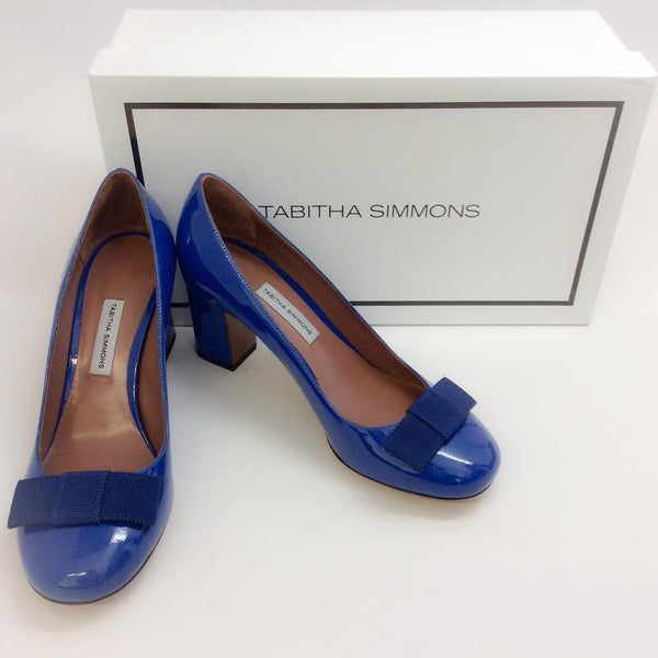 Flora Pump Navy Patent by Tabitha Simmons with box