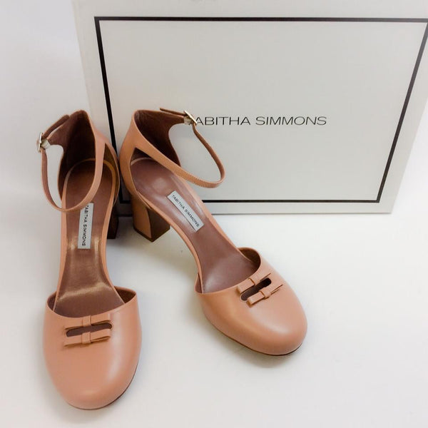 Bow Front D'orsay Pump Nude by Tabitha Simmons with box