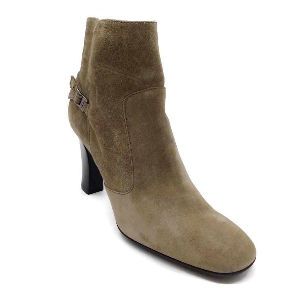 Tod's Tan Suede Boots