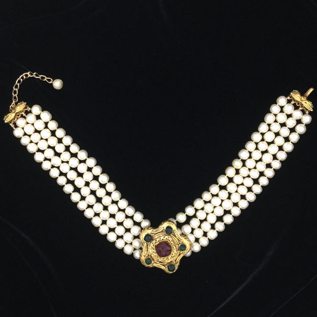 Chanel Pearl / Gripoix Vintage 1984 Choker Necklace