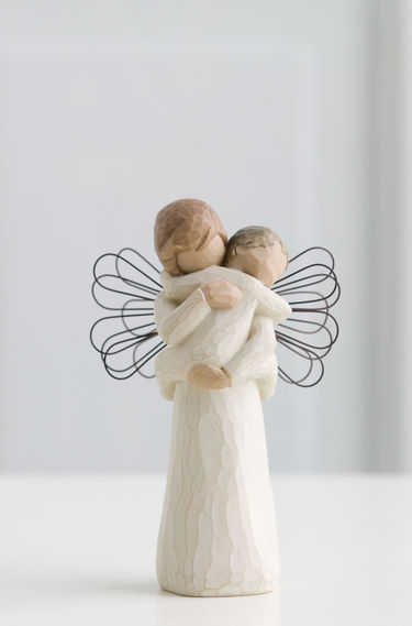 26084 ANGEL EMBRACE