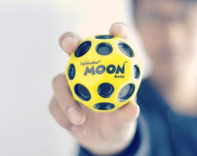 Waboba Moon Ball - TOYTAG