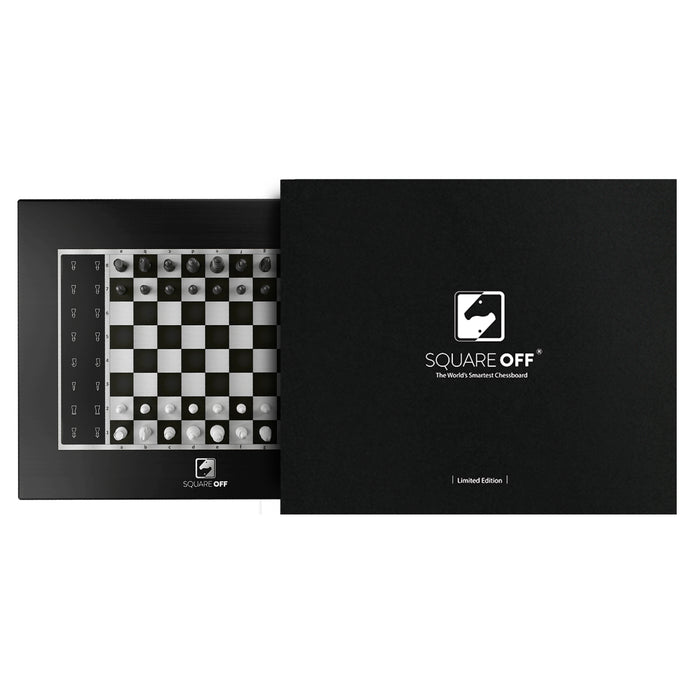 Limited Black Edition Square Off