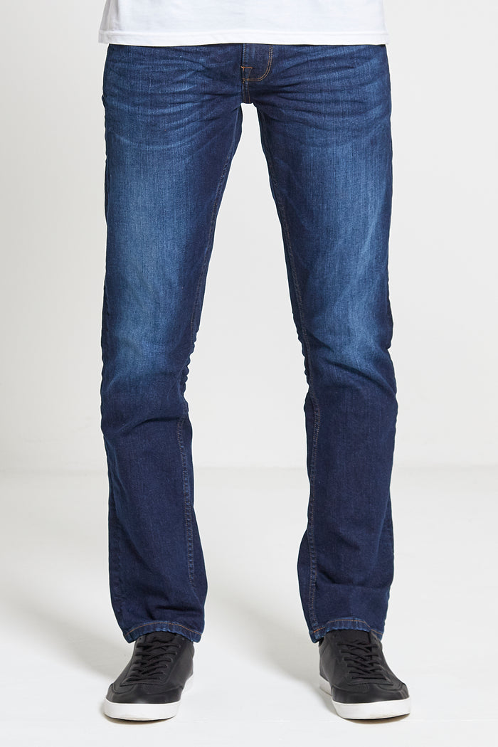 Hunter Straight Fit Stretch Jeans in Dark Wash