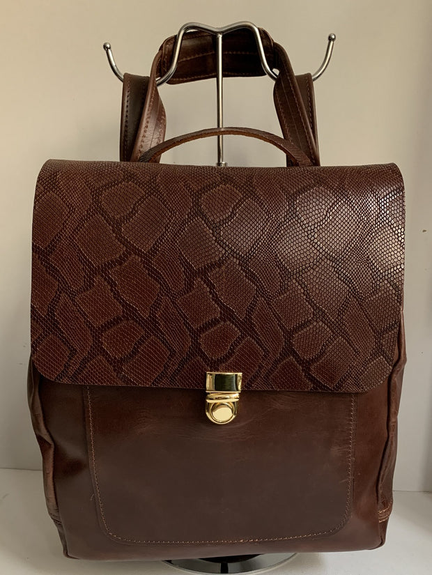 Iro - Pullup Brown leather backpack with snake design WT/283GK