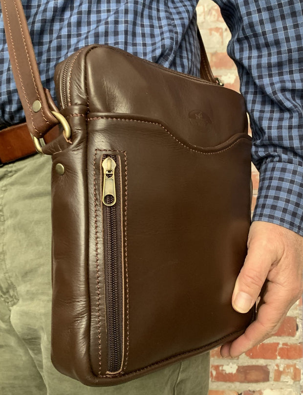 """Iason"" - midsize men's crossbody bag handcrafted from soft brown leather WT/AN2K"