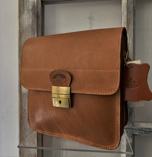 """Ikaros"" - midsize crossbody bag handcrafted from natural brown leather with square lock WT/52EGK"