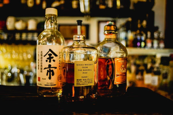 7 of the Best & Affordable Japanese Whiskies In Singapore