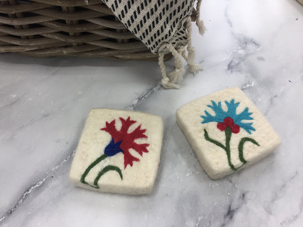 Set of 2 Clove Felt Soap, Felt Washcloth Soap, Handmade Felted Wool Soap Scrub, Natural Exfoliate Soap, Beauty Gifts - AHENQUE