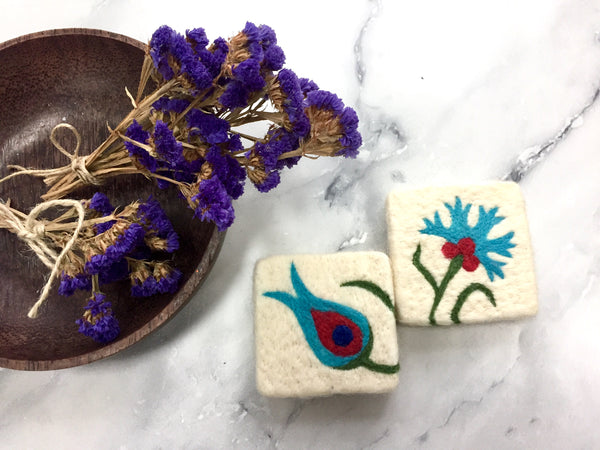 Set of 2, Clove&Tulip Floral Design Felt Soap, Felted Bar Soap, Handmade Felted Wool Soap Scrub, Natural Exfoliate Soap, Beauty Gifts - AHENQUE
