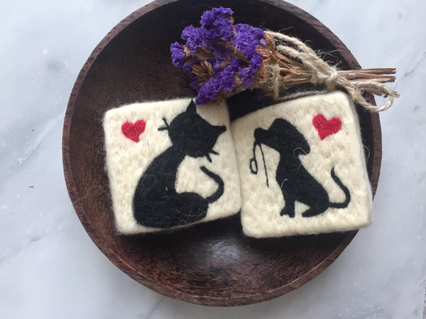 Set of 2 Cat&Dog Felt Soap, Needle Felted Bar Soap, Handmade Felted Wool Soap Scrub, Natural Exfoliate Soap, Beauty Gifts - AHENQUE