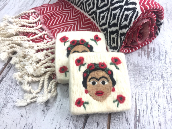 Set of 2, Frida Felt Soap,  Frida Kahlo Design, Felted Washcloth Soap Bar, Olive Oil Natural Soap, Handmade Felted Wool Soap Scrub, Natural Exfoliate Soap, Art, Beauty Gifts - AHENQUE