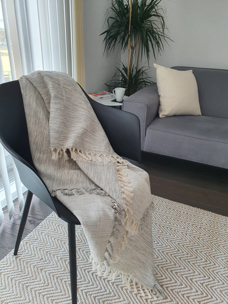 100% Cotton Grey&Cream Bedspread with Fringe, Hand-Loomed Turkish Throw Blanket 67x79 inch (170x200 cm), Scandinavian Minimal Design, Reversible All Season Soft and Lightweight Bedding
