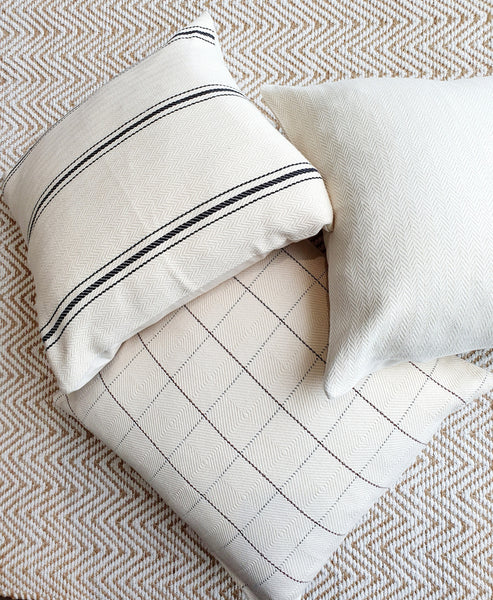 Decorative Hand-Loomed Cotton Cushion Cover/ Cushion Case / Square Throw Pillow Cover 20x20 inch (50x50 cm) Media 1 of 15