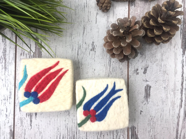 Set of 2, Tulip&Tulip Floral Design Felt Soap, Felted Washcloth Bar Soap, Handmade Felted Wool Soap Scrub, Natural Exfoliate Soap, Beauty Gifts - AHENQUE