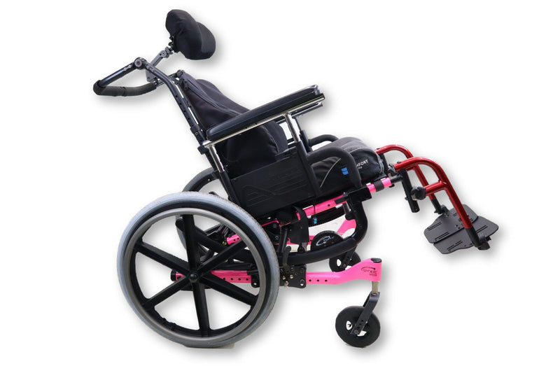 "Quickie IRIS Manual Wheelchair | Tilt-In-Space | 16"" x 17"" Seat 
