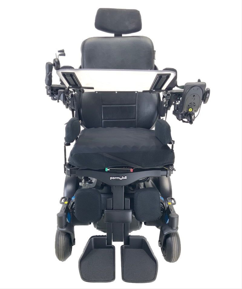 Front with tray on Like New 2020 Permobil M3 Power Chair | 19 x 20 Seat | Tilt, Recline, Power Legs | Only 25 Miles!