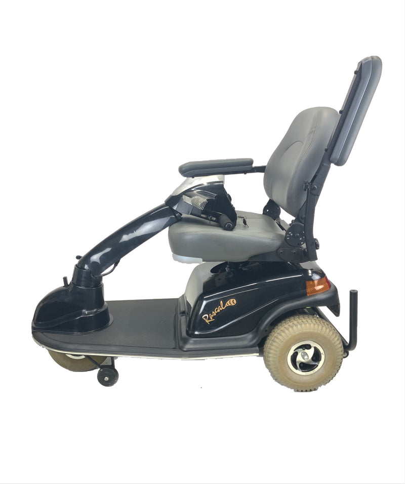 Handle Down on Rascal 600T Electric 3-Wheel Scooter  Seat Elevating Capabilities  450 lbs. Weight Capacity  19 x 16 Seat  Lighting Kit