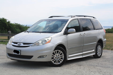 2008 Toyota Sienna XLE Wheelchair Accessible Handicap Van 26,832 Miles!