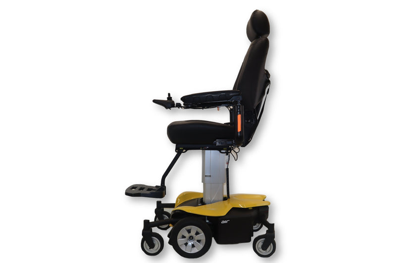Jazzy Air Power Chair With Power Elevating Captain's Seat by Pride Mobility - Power Chairs Test