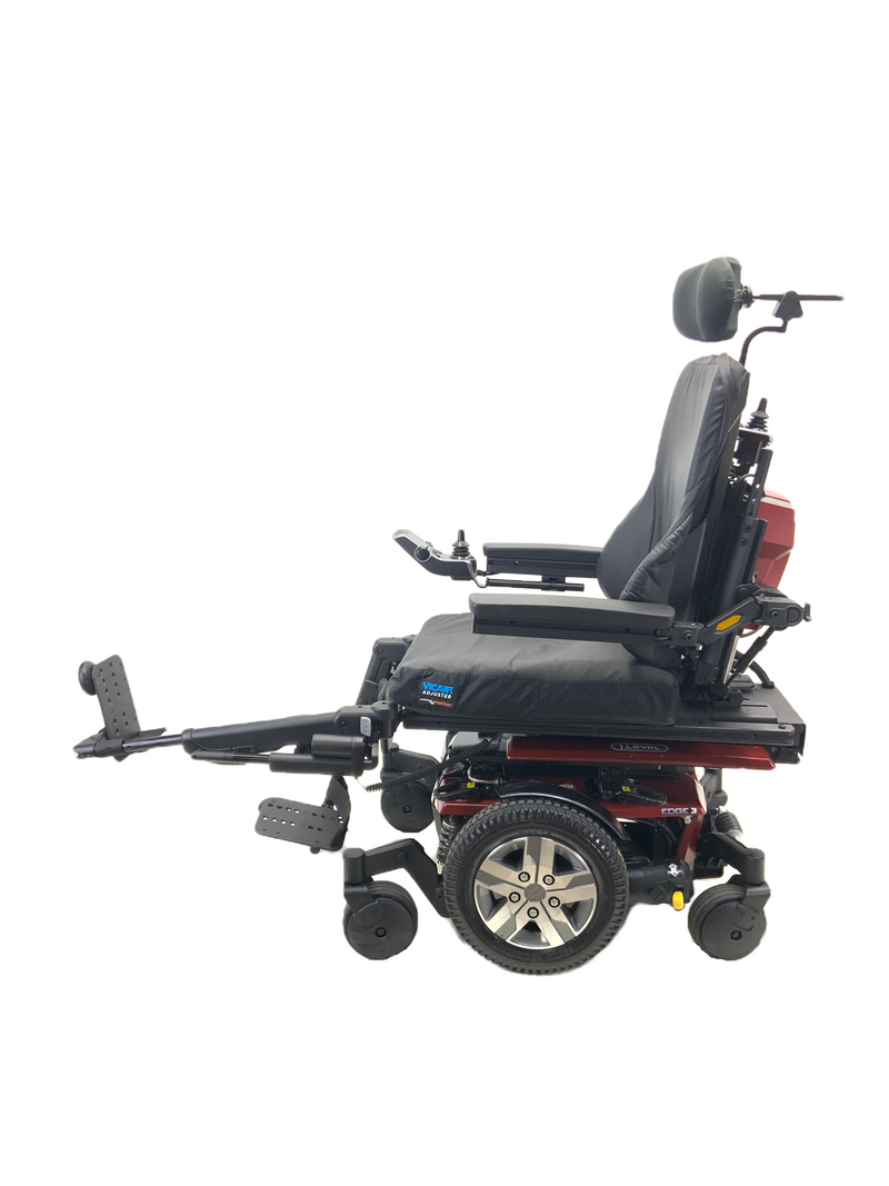 Other power leg on Quantum Q6 Edge 2.0 iLevel Power Chair | 19 x 20 Seat | Tilt, Recline, Individual Power Legs, Seat Elevate
