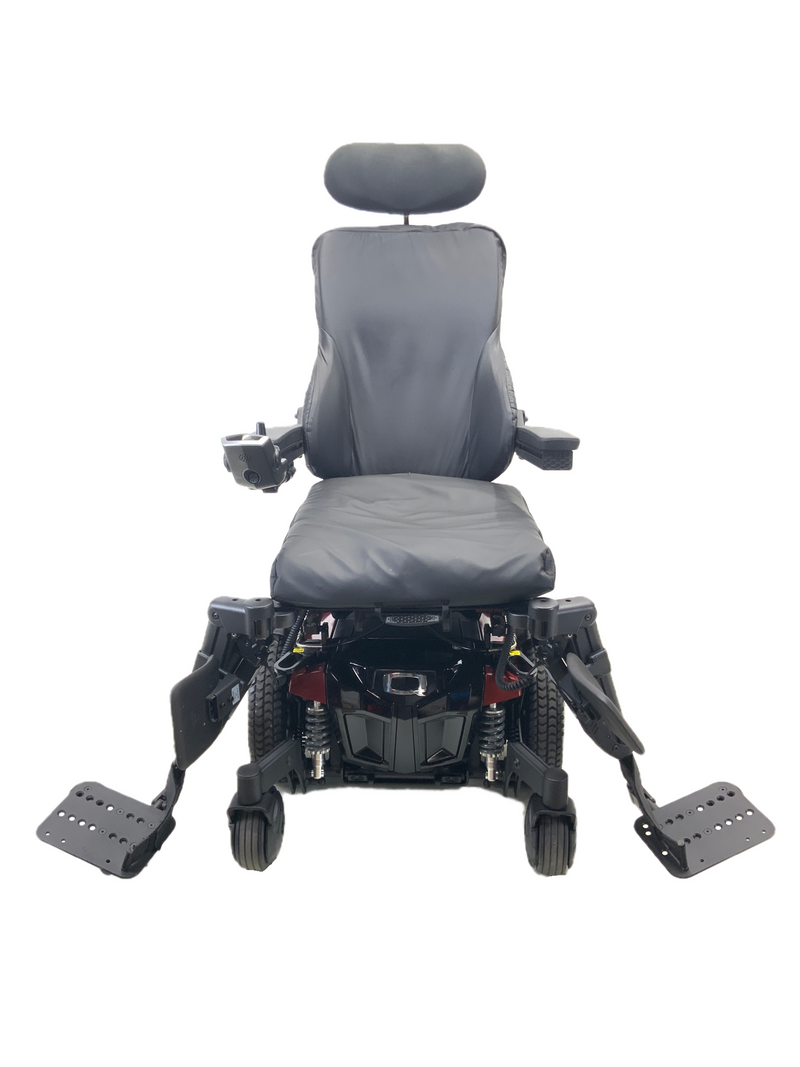 Swing away leg rests on Quantum Q6 Edge 2.0 iLevel Power Chair | 19 x 20 Seat | Tilt, Recline, Individual Power Legs, Seat Elevate